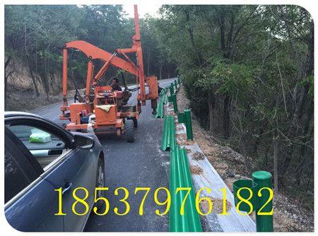 郑州波形梁式护栏板 W型高速护栏 热镀锌防撞护栏
