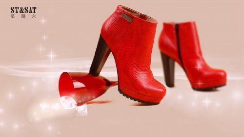 2016迪欧摩尼鞋包加盟店冬季女靴让你暖过冬季