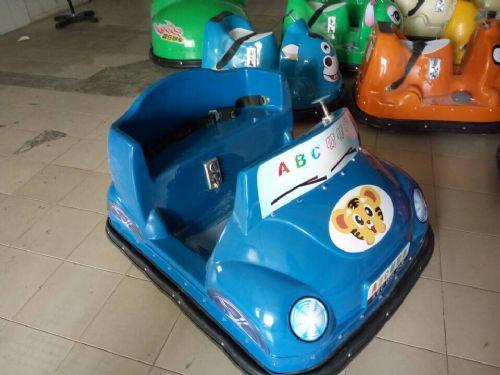 自主创业选广场新款儿童碰碰车电瓶玩具咪咪车游乐广场设备卡通型