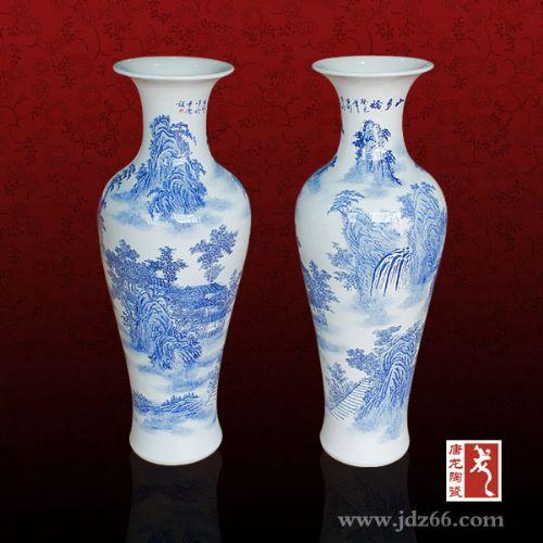 摆放落地陶瓷大花瓶