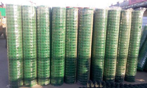 养殖围栏网,铁丝围栏网,养鸡围网,圈地围网