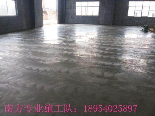 潍坊纺织车间做金刚砂耐磨地面找哪个厂家