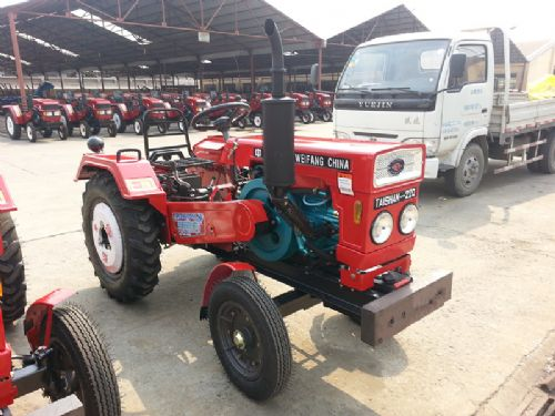 农用40马力拖拉机