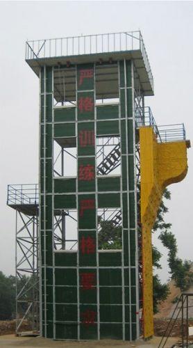 消防训练塔为露天四柱钢结构架