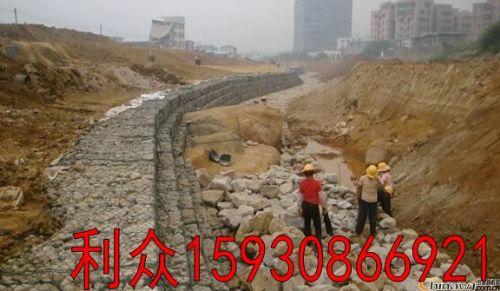 黄河治理防洪工程镀锌铝合金格宾网 边坡加固护岸pvc格宾石笼