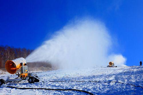 造雪机耐高温造雪机滑雪器材滑雪用品滑雪用具批发进出口资质