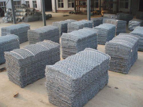 铅丝石笼网|石笼网材质|铅丝石笼网厂家