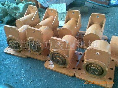 供应QC12摆式剪板机油缸