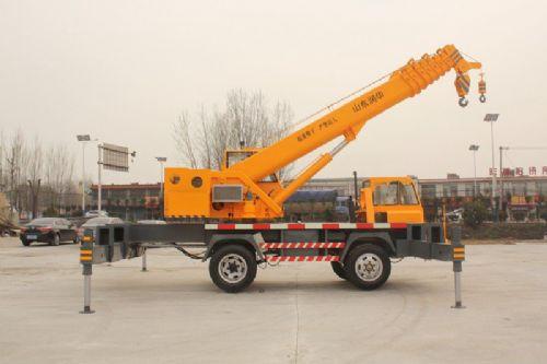 3吨小吊车 适用范围广的小型吊车 三轮吊车厂家