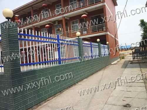 河南新乡锌合金护栏 锌钢护栏 围墙护栏 小区围墙建筑护栏