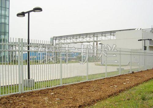 河南新乡批发栅栏小区/市政等围墙护栏 防锈栅栏  锌钢护栏