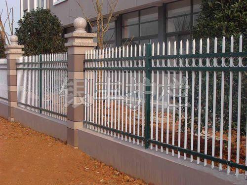 河南新乡生产销售热镀锌小区围墙别墅围墙市政栅栏 工厂围墙护栏