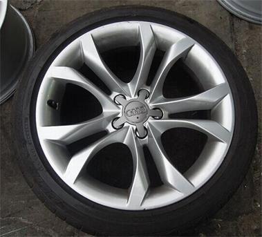 奥迪s5轮毂,轮胎原厂拆车件价格便宜