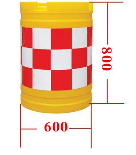 济南供应塑料防撞桶、隔离墩,质优价廉