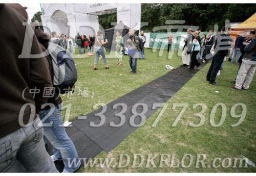 黑色户外走道防滑地毯卷材,DDK室外塑料地毯