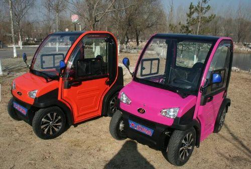 新款电动汽车四轮代步车纯电动微型汽车