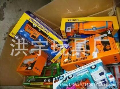 澄海玩具生产厂家基地 论斤玩具各种工程车类按斤批发 厂家货源
