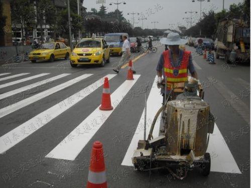 南宁停车场工程,南宁道路划线,南宁小区道路设施画线