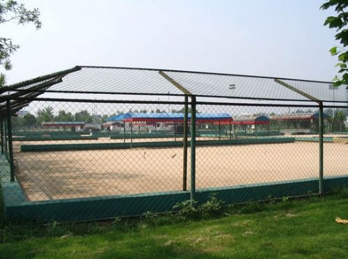 济南足球场围栏网,篮球场围栏网,体育场护栏网