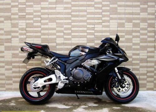03  本田cbr1000rr摩托车 发布二手摩托车信息  供货厂家 上海祥通