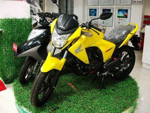 特价促销五羊本田幻影150摩托车