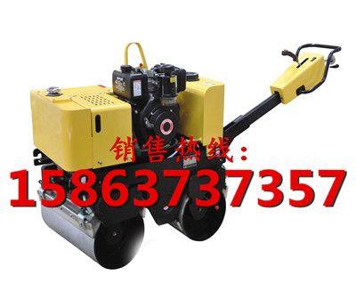 浩鸿小型压路机厂家教你怎样购买合适的全液压手扶式双轮压路机