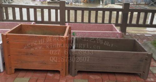 专业水泥仿木花箱模具 城市道路花箱