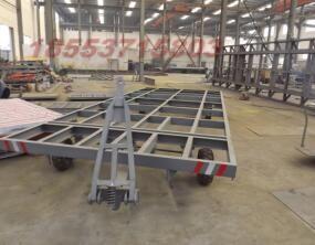 热销车型 供应2016款10吨平板拖车