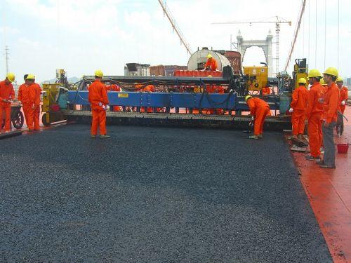 新余鹰潭赣州宜春吉安抚州浇筑式沥青路面钢桥面施工公司
