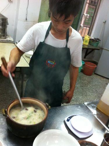 小吃技术培训学做砂锅粥,哪里可以学着正宗的砂锅粥