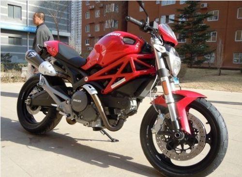 供应杜卡迪696二手摩托车400摩托车跑车价格