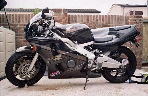 供应本田公路赛cbr400本田400摩托车价格
