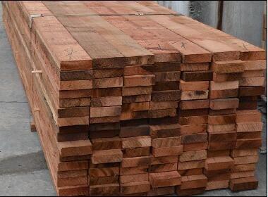 红雪松优点和缺点,红雪松天然防腐木-首先上海园木业