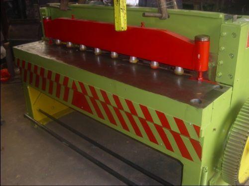 云南昆明机械式剪板机价格