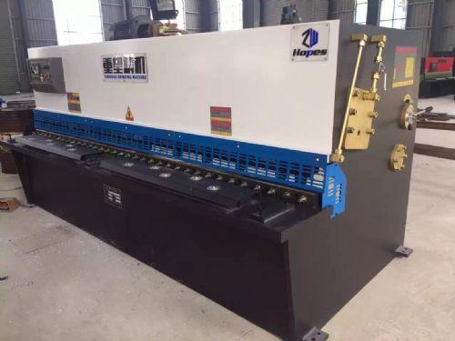 云南昆明3200mm摆式剪板机多少钱一台