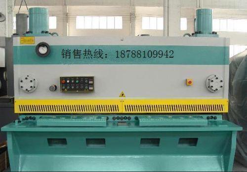 云南昆明2.5米闸式剪板机制造厂家