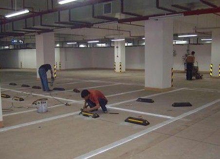 惠州减速带安装_车轮定位器安装_挡车杆订做